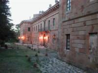 LA PALAZZINA DI CACCIA FATTA COSTRUIRE DA RE FERDINANDO DI BORBONE, RIFUGIATOSI IN SICILIA IN SEGUITO ALLA RIVOLUZIONE DI NAPOLI DEL 1799  I MIEI SITI INTRNET:  http://www.facebook.com/profile.php?id=1436166951&src=fftb  http://www.facebook.com/profile.php?id=1436166951&src=fftb#/group.php?gid=42074092367&ref=share  http://www.foto-sicilia.it/fotografo.cfm?IDFotografo=1659  http://www.fotografieitalia.it/fotografo.cfm?ID=1356   - Ficuzza (3597 clic)