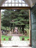 PARCO ANNESSO ALLA PALAZZINA DI CACCIA FATTA COSTRUIRE DA RE FERDINANDO DI BORBONE, RIFUGIATOSI IN SICILIA IN SEGUITO ALLA RIVOLUZIONE DI NAPOLI DEL 1799  I MIEI SITI INTRNET:  http://www.facebook.com/profile.php?id=1436166951&src=fftb  http://www.facebook.com/profile.php?id=1436166951&src=fftb#/group.php?gid=42074092367&ref=share  http://www.foto-sicilia.it/fotografo.cfm?IDFotografo=1659  http://www.fotografieitalia.it/fotografo.cfm?ID=1356    - Ficuzza (5282 clic)