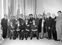 Quelli del '15/18 Consegna di medaglie e diplomi ai Cavalieri di Vittorio Veneto (1968)  - Alcamo (6969 clic)