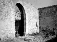 Ingresso al castello di Calatubo (10/08/1968).  - Alcamo (4765 clic)