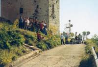 La II D della P.M.Rocca visita il Castello Ventimiglia sul m. Bonifato(1997)  - Alcamo (3170 clic)