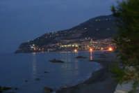 Gioiosa Marea vista dal villaggio di CalanovellaMare    di sera!  - Gioiosa marea (8476 clic)