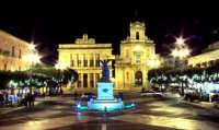 monumento cittadino  - Vittoria (8517 clic)