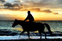 alba a cavallo  - Galati marina (7883 clic)
