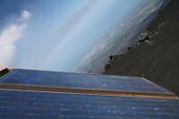 pannnello solare per gli attrezzi dell'ingv in alta quota  - Nicolosi (1635 clic)