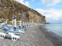 Una spiaggia subito dopo Canneto  - Lipari (11958 clic)