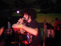 Caparezza in concerto allo Zsa Zsa - 2003  - Palermo (6883 clic)