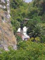 la Villa Comunale vista dalla rupe Gogala a Caltabellotta  - Caltabellotta (1979 clic)
