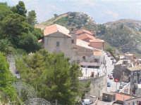La Chiesa di Sant'Agostino vista dalla rupe Gogala a Caltabellotta  - Caltabellotta (1375 clic)