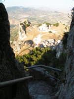 Scorcio della Cattedrale e il piazzale lauria a Caltabellotta  - Caltabellotta (2111 clic)