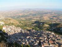 Vista di Caltabellotta dal Pizzo  - Caltabellotta (1458 clic)
