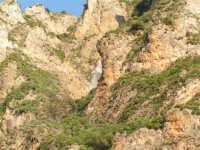 Spettacolare cascata che confluisce del fiume Sosio  - San carlo di chiusa sclafani (2386 clic)