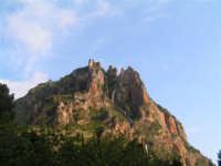 Spettacolare cascata che confluisce nel fiume Sosio al confine tra le province di Agrigento e Palerm