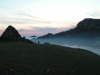 L'arrivo di una velata di foschia durante un tramonto primaverile  - Caltabellotta (1257 clic)