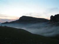 L'arrivo di una velata di foschia durante un tramonto primaverile  - Caltabellotta (1372 clic)