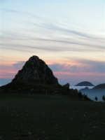 L'arrivo di una velata di foschia durante un tramonto primaverile  - Caltabellotta (1662 clic)