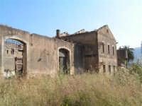 La Ex Linea Ferroviaria Burgio - San Carlo - Castelvetrano: Ex stazione capotronco di San Carlo  - San carlo di chiusa sclafani (4475 clic)