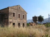 La Ex Linea Ferroviaria Burgio - San Carlo - Castelvetrano: Ex stazione capotronco di San Carlo  - San carlo di chiusa sclafani (2597 clic)