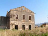 La Ex Linea Ferroviaria Burgio - San Carlo - Castelvetrano: Ex stazione capotronco di San Carlo  - San carlo di chiusa sclafani (2350 clic)