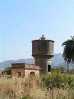 La Ex Linea Ferroviaria Burgio - San Carlo - Castelvetrano: Ex stazione capotronco di San Carlo  - San carlo di chiusa sclafani (2398 clic)