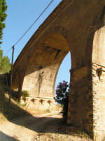 La Ex Linea Ferroviaria Burgio - San Carlo - Castelvetrano: Viadotto sul fiume Sosio nei pressi di San Carlo  - San carlo di chiusa sclafani (1749 clic)