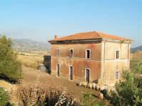 La Ex Linea Ferroviaria Burgio - San Carlo - Castelvetrano: Ex Fermata San Giacomo  - San carlo di chiusa sclafani (3376 clic)