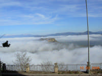 Paesaggio immerso nella nebbia  - Calascibetta (8447 clic)