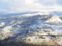 Calascibetta innevata vista da Enna   - Calascibetta (7049 clic)