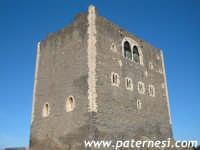 Il castello normanno di Paternò. Fatto edificare da Ruggero II nel 1072 sulla precedente costruzione araba.   - Paternò (4061 clic)