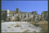 le rovine della cittadina dopo il terremoto  - Poggioreale (6673 clic)
