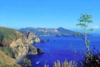 Lo splendido scenario del belvedere di loc. Quattrocchi  - Lipari (4477 clic)