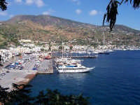 Il porto di Sottomonastero.  - Lipari (3084 clic)