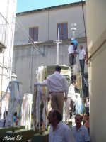 Festa della Vara 12 Agosto 2007  La vara viene parata prima della processione  - Fiumedinisi (2564 clic)