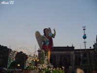 Festa della Vara 12 Agosto 2007 Processione dei simulacri dell'Arcangelo Gabriele e di Maria SS. Annunziata  - Fiumedinisi (1928 clic)