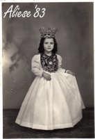 Festa Ranni 1958 la bimba interprete di S.Caterina D'Alessandria con l'abito del terzo giorno di festa  - Alì (4021 clic)