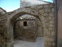 arco nell'interno di Ibla RAGUSA Pietro Pagliari