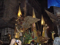 Festino 2007:Carro della cacciata con 4 figure simboli del bene: la giustizia, la pace, la tolleranz