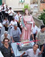 S.Lucia durante la processione del 16 agosto 2007  - Piraino (3517 clic)