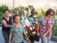 La Madonna del Tindari durante la processione del 16 agosto 2007  - Piraino (5432 clic)