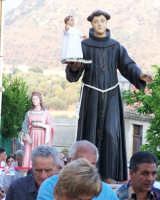S. Antonio durante la processione del 16 agosto 2007  - Piraino (3941 clic)