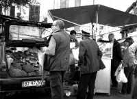 Mercato del Capo,il pane di casa si vende in macchina... PALERMO AMBRA CURTO
