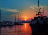 Tramonto al porto  - Siracusa (4145 clic)