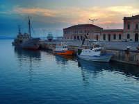 Tramonto al porto  - Siracusa (4051 clic)
