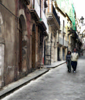 Passeggiando per le strade di Ortigia  - Siracusa (1375 clic)