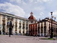 Piazza Università  - Catania (5434 clic)
