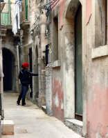 Passegiando per le strade di Ortigia  - Siracusa (1625 clic)