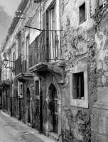 Vecchie mura - Ortigia  - Siracusa (6392 clic)