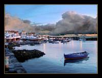 Alba nel porto di Acitrezza  - Aci trezza (3115 clic)
