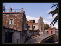 Piccolo gorgo sulla strada che va da Acireale a S.M.La Scala  - Acireale (3763 clic)