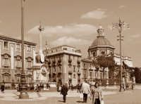 Piazza duomo  - Catania (2132 clic)